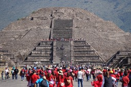 Pyramid of the Moon and Avenue of the Dead, Teotihuacán3
